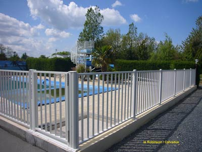 La galerie de photos atlantic barriere piscine barrieres for Barriere de piscine
